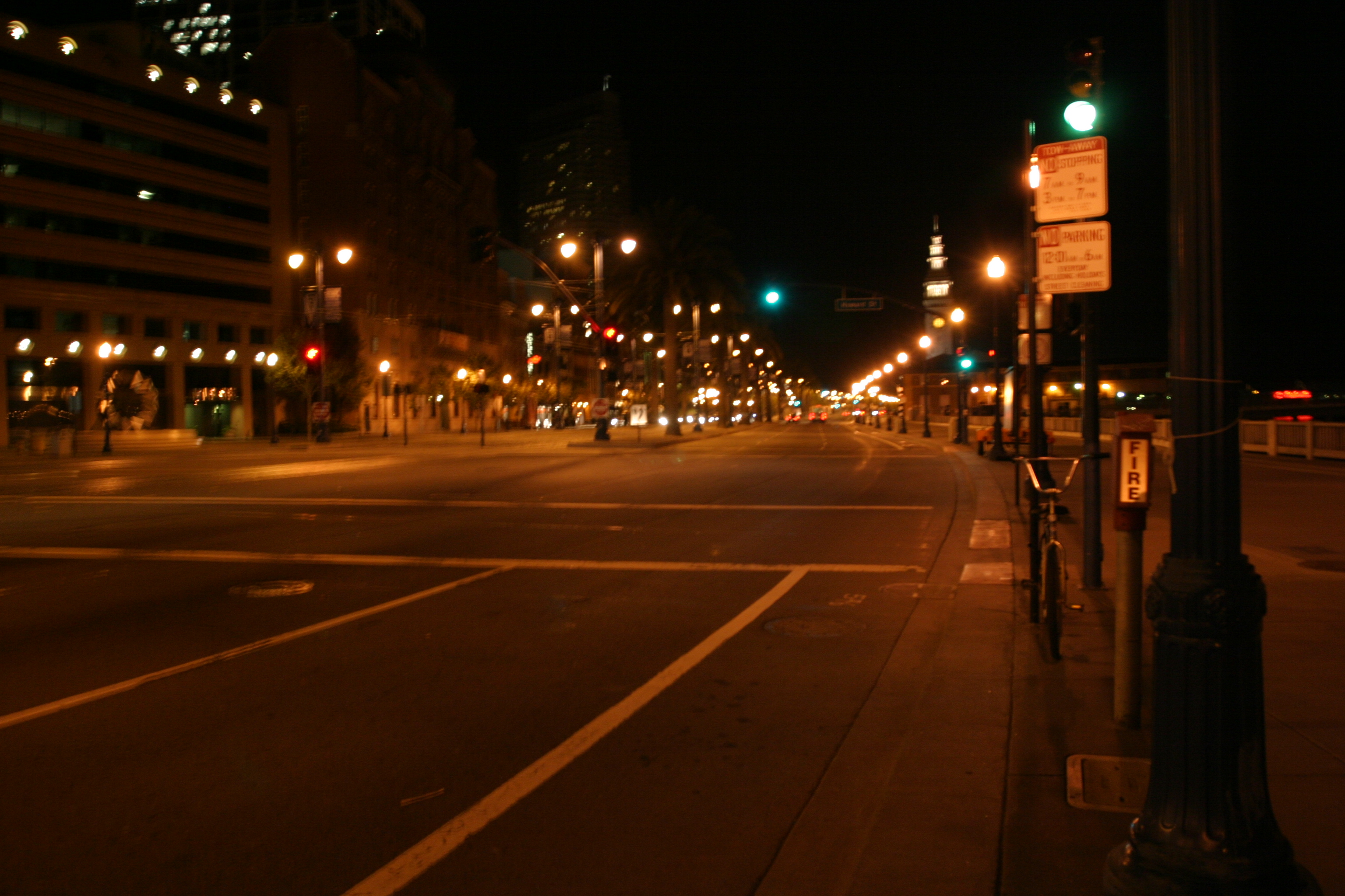 Embarcadero, towards Ferry Plaza